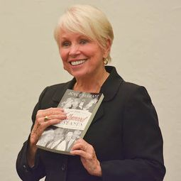 Actor and Writer Joyce Bulifant '56 Hosts Book Signing at Solebury School