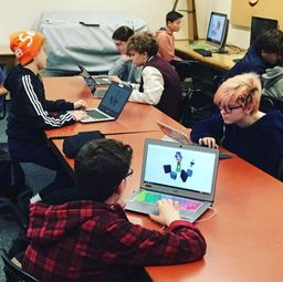 "Middle Schoolers Participate in the ""Hour of Code"""